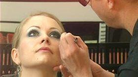 Jak zrobić makijaż karnawałowy?