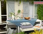 Aranżacja tarasu: letnia dekoracja stołu w stylu skandynawskim