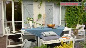 Taras – aranżacja letniego stołu na tarasie