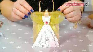Pakowanie prezentów – koronkowy aniołek