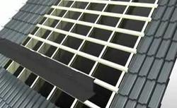 Montaż kolektorów słonecznych w dachu skośnym
