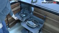 Nowoczesna kuchnia: mechanizmy otwierania szafek i szuflad