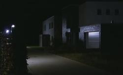 Bezpieczna brama garażowa. Co decyduje o odporności na włamanie?