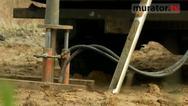 Problemy z działką. Gdy w glebie znajduje się torf, wezwij geotechnika
