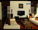 Dom w stylu japońskim - ciekawa aranżacja gabinetu i sypia