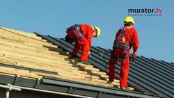 Pokrycie dachowe z blachy na rąbek stojący - montaż pokrycia