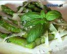 Zielone szparagi z parmezanem