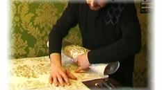 Tapety ścienne - rodzaje i sposób nałożenia