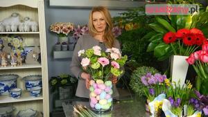 Ozdoby wielkanocne: kompozycja kwiatowa na Wielkanoc